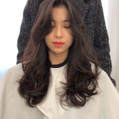 그레이스펌 Haircuts For Medium Length Hair, Long Hair Cuts, Wavy Hair, New Hair, Asian Brown Hair, Aesthetic Hair, Hair Arrange, My Hairstyle, Permed Hairstyles