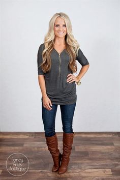 I love this dolman! The zipper adds just a touch extra, great idea for my March fix!