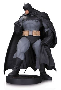 DC Comics Designer statuette Batman by Andy Kubert / DC Collectibles