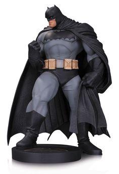 DC Comics Designer statuette Batman by Andy Kubert / DC Collectibles