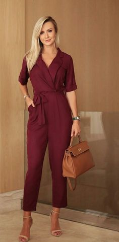 Swans Style is the top online fashion store for women. Shop sexy club dresses, jeans, shoes, bodysuits, skirts and more. Classy Outfits For Women, Casual Outfits, Clothes For Women, Push Up Jeans, Look Fashion, Womens Fashion, Jumpsuit Outfit, Clothing Hacks, Professional Outfits
