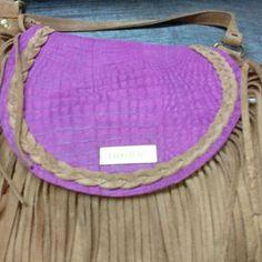 #nuevo #colores  #leatherbags #lumiere #modafemenina #itgirlstyle #it #tendencias #accesorios #carteras #verano2017 #instamoda #ideaslook #bags #fashionblogger #fashionbag  #onlineshop #modaargentina #argentina #onlinemarketing #navidad