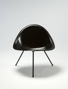 Tripod Chair Designed Designed by Poul Kjaerholm, Denmark, 1953 8