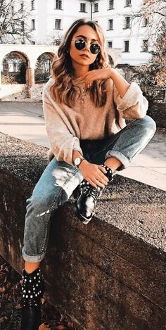 45 Perfect spring outfits to pick upWachabuy poses 45 Perfect spring outfits to pick upWachabuy - Yolanda Model Poses Photography, Photography Women, Urban Photography, Photography Software, Photography Movies, Photography 2017, Photography Studios, Teenage Girl Photography, Grunge Photography