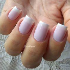 Combinações para unhas francesinhas, veja os esmaltes usados pelas manicures Manicure E Pedicure, Short Nails, Nail Art, My Favorite Things, How To Make, Beauty, Chocolates, Nail Ideas, Lip Gloss