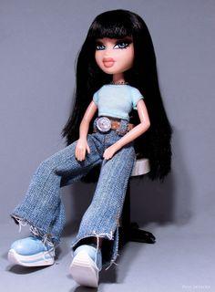 Billedresultat for jade bratz Bratz Doll Makeup, Bratz Doll Outfits, Black Bratz Doll, Brat Doll, Bratz Girls, Mode Poster, Moda Emo, Halloween Disfraces, Bad Girl Aesthetic