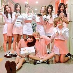 #twice #kpop #jungyeon #tzuyu #jihyo #nahyun #dahyun #momo #sana #mina #chaeyoung #tt #cheerup #likeohhahh #1to10 #jellyjelly #avengers #goodmorning #hiprincess #bomdia