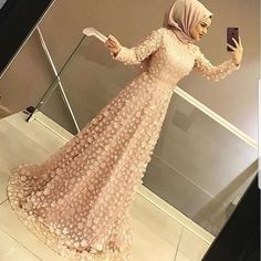 formal dresses long 2019 Hijab Evening Dresses and Prices – Attractive Women Hijab Evening Dress, Hijab Dress Party, Hijab Style Dress, Evening Dresses, Hijab Outfit, Party Gowns, Muslimah Wedding Dress, Hijab Wedding Dresses, Formal Dresses