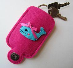 Girls Felt Key Holder, Key Fob Pouch, Pink Whale Key Chain, Latch Key Kid, khwhale01