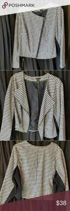 "Lane Bryant Houndstooth Moto Jacket size 28 Sophisticated houndstooth jacket carries you from work to happy hour and all weekend long in a fierce moto silhouette. Chic cropped jacket is pieced with ponte knit panels for a curve-hugging fit. Exposed, asymmetric zipper closure. Fully lined. Machine washable. Length 22""  Overall Measurements (taken laying flat): width side seam to side seam under arm 29"", width at hem 30"", length 22"", sleeve length 26"", zipper length 19 14"", underarm to hem 11…"
