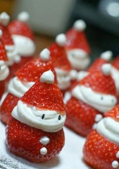 How cute and simple are these strawberry Santas???