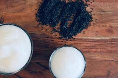 Játékos hamis kávé fekete szezámmagból: koffeinmentes kávépótló Essie, Salt, Food, Essen, Salts, Meals, Yemek, Eten