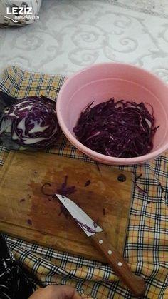 Kırmızı Lahana Turşusu (Kavanozda) Kitchen Recipes, Cabbage, Vegetables, Veggies, Vegetable Recipes, Cabbages, Collard Greens