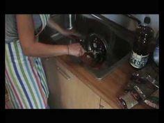 Συνταγές για τη γενιά των 700 ευρώ: Παραδοσιακά γιουβαρλάκια - YouTube Youtube, Youtubers, Youtube Movies