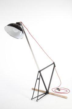 Projet étudiant : la lampe vecteur d'histoire par Julien Mazeyrat