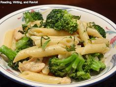 Reading, Writing, and Ravioli: Recipe: Chicken and Broccoli Pasta in a Brown Butter Cream Sauce