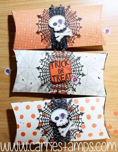 Extended Pillow Box video tutorial Howl-O-Ween Halloween Treat Boxes, Halloween Boo, Halloween Projects, Halloween Cards, Halloween Treats, Candy Bar Covers, Pillow Treats, Fall Craft Fairs, Paper Box Template