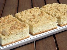 Streuselkuchen Rezept: Streuselkuchen vom Blech mit Vanillepudding