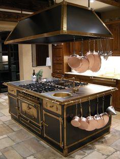 Stoves for your kitchen on pinterest range hoods hoods for Restart cucine