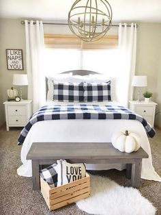 Are you searching for pictures for farmhouse interior? Check out the post right here for amazing farmhouse interior images. This kind of farmhouse interior ideas appears to be completely wonderful. Farmhouse Bedroom Furniture, Modern Farmhouse Bedroom, Bedroom Furniture Design, Farmhouse Interior, Home Decor Bedroom, Home Furniture, Farmhouse Decor, Furniture Stores, Bedroom Designs