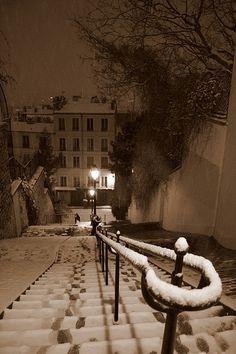 Paris Montmartre Snow*