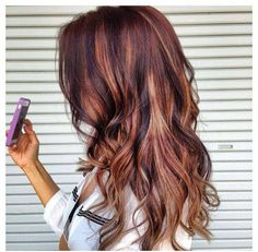 Love this fun way to kind of lighten your hair but not really!