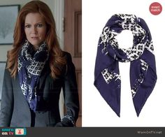 Abby's blue printed scarf on Scandal.  Outfit Details: http://wornontv.net/45976/ #Scandal