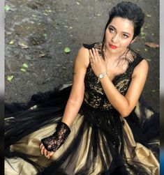 Cute Celebrities, Celebs, Bengali Food, Prom Dresses, Formal Dresses, Other People, Ball Gowns, Indian, Tv