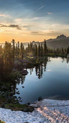 Jezioro Lazurnoye na Syberii - Tapeta na telefon Beautiful Nature Pictures, Amazing Nature, Beautiful Landscapes, Cool Pictures, Cool Photos, Landscape Photos, Landscape Photography, Nature Photography, Wonderful Places