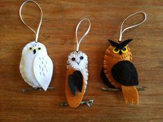 Great Horned Owl, Barn Owl and Snowy Owl Trio Handmade Felt Bird Ornaments Felt Christmas Decorations, Felt Christmas Ornaments, Christmas Crafts, Bird Ornaments Diy, Handmade Ornaments, Felt Owls, Felt Birds, Felt Diy, Handmade Felt