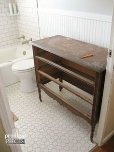 Farmhouse Style Budget Bathroom Makeover by Prodigal Pieces www.prodigalpieces.com #prodigalpieces