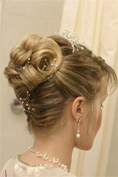50 Ravishing Mother Of The Bride Hairstyles In 2019 Hair