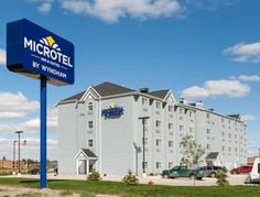 Microtel Inn & Suites by Wyndham Stanley Stanley (North Dakota) Featuring free WiFi and a restaurant, Microtel Inn & Suites by Wyndham Stanley offers accommodation in Stanley.  Each room at this hotel is air conditioned and comes with a flat-screen TV.