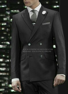 Colección  Gentleman British Style rayas diplomátic Bespokeservice excelencia online www.comercialmoyano.com MadeinItaly WWW.OTTAVIONUCCIO.COM