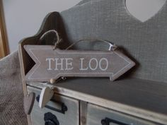 Rustic Wooden Loo Arrow Sign, £2.75 Wooden Arrows, Arrow Signs, Shabby Chic Style, Rustic, Country Primitive, Retro, Farmhouse Style, Primitives, Country