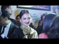 Rekhaji looks so ADORABLE at Aisa Spa Awards 2016.