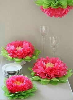 Butterfly Craze Girls Party Decorations - Set of 7 Pink Tissue Paper Flowers Hanging Paper Flowers, Tissue Paper Flowers, Tissue Poms, Flower Paper, Papel Tissue, Paper Garlands, Handmade Flowers, Diy Flowers, Fabric Flowers