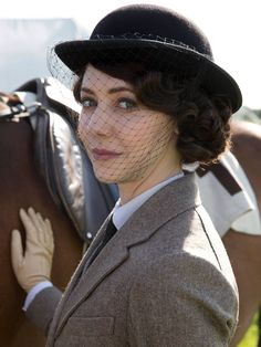 Downton Abbey series 5 Catherine Steadman as Lord Gillinghams former lover Mabel Lane Fox