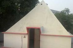 Sri Kodandarama Pyramid Meditation Center year of construction : 2006 size : 12ft x 12ft (roof top) | capacity : 20 persons cost incurred :  80,000 | type of structure : RCC timing : 5AM-10PM, open for public use technical person : N Rajendrababu  contact : T Srimannarayana, mobile : +91 98497 15025 address : H.no. 9-4-666, Sapthagiri Colony, Karimnagar http://pyramidseverywhere.org/pyramids-directory/telangana/karimnagar-district
