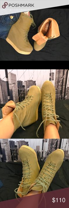 JEFFREY CAMPBELL combat wedge boot Jeffrey Campbell lace up, combat wedge boot! Jeffrey Campbell known for making bold, towering shoes sure to make a statement. Statement piece! Size 8M. Great condition! Jeffrey Campbell Shoes Combat & Moto Boots