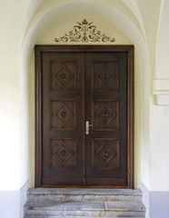 Renaissance Door Crown Classic Panel Stencil