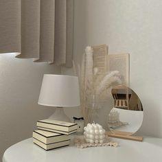 Room Ideas Bedroom, Diy Bedroom Decor, Home Decor, Art Decor, Home Room Design, Interior Design Living Room, Style Deco, Minimalist Room, Aesthetic Room Decor