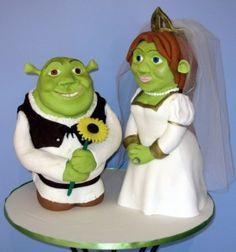 Shrek and Fiona cake