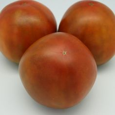 Love the name - Creme Brulee Tomato - and Im a sucker for the black Russian tomatoes...  == theyarden.com