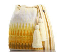 Tapestry Bag, Tapestry Crochet, Crochet Handbags, Crochet Bags, Handbag Accessories, Hand Knitting, Bucket Bag, Hand Weaving, Reusable Tote Bags