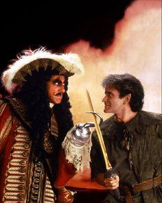 Capitán Garfio y Peter Pan en Hook