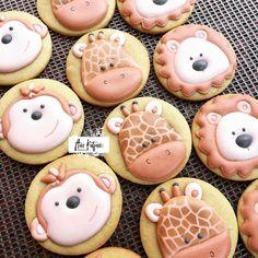 #safaribabyshower .... quite a popular theme #downinafrica . . #lioncookies #rhinocookies #monkeycookies #zebracookies #giraffecookies…