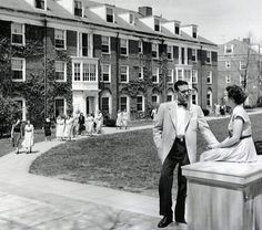 Old-fashioned love on East Quad, Denison University - our senior year bay window suite! Denison University, University Dorms, Beaver Hall, Old Fashioned Love, Teaching Philosophy, Word Pictures, Columbus Ohio, Senior Year, Bay Window