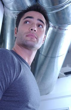 Victor Webster (Continuum, Charmed, Mutant X) http://www.imdb.com/name/nm0005543/