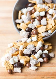 S'more Trail Mix | That Oven Feelin'